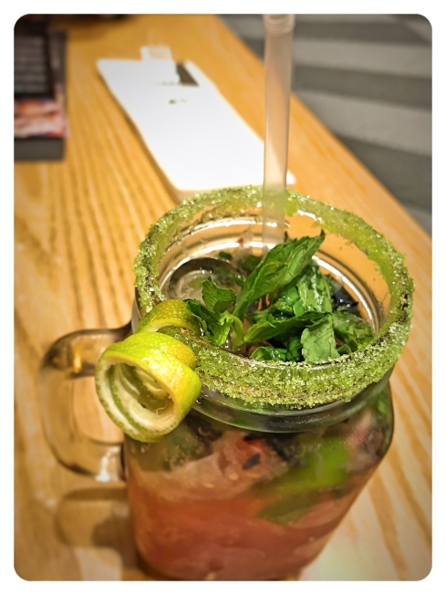 doha qatar 41 Degrees Blueberry mojito